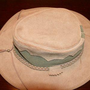 Head 'N Home Monterey Bay Sirocco Suede Mesh Hat